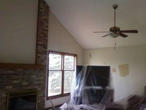 Before & After Interior Painting in Grayslake, IL (1)