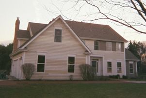 Vinyl Siding Painting in Mundelein, IL (1)